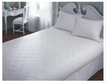 Filled with a 100% cotton fill, this mattress pad is styled in an elegant, quilted 6 inch diamond stitch that holds the 100 % cotton fill in place. The cotton skirt with elastic all around, and spandex corners, help keep the pad securely on the bed