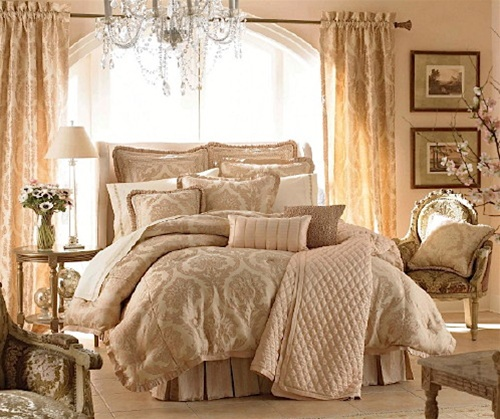 The Lux Coverlet truly lives up to its name with ribbon trim, bordering intricate embroidery in a quilted diamond pattern. The elegance of this bedding addition is sure to enhance any setting.