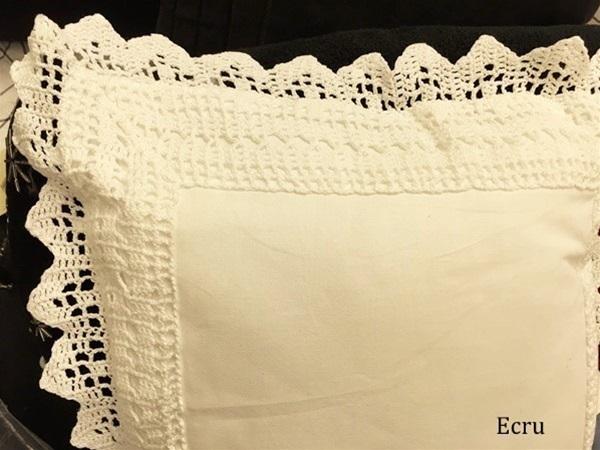 Bedskirt Hand Crocheted Elegant Hand Crochet Lace