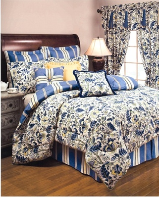 An elegant traditional bedding ensemble with an updated color palette. The Imperial Dress Porcelain bedding collection by Williamsburg Bedding brings a luxuriously beautiful look to your bedroom decor. The collection features an elegant Jacobean print