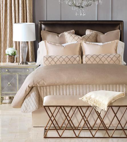Designer Comforters Designer Towels Luxury Bedding Bathroom Accessories C F Quilts